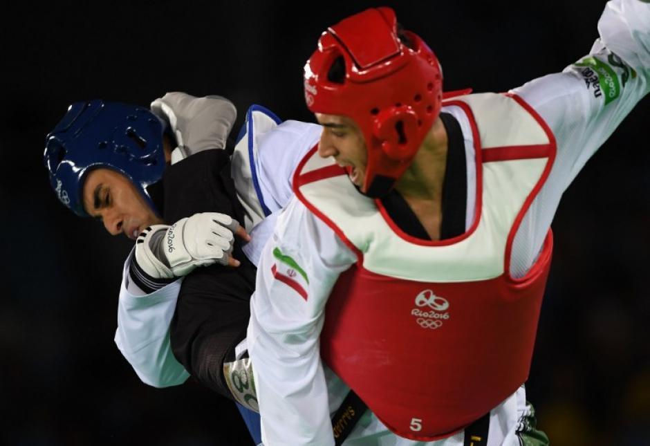 A Pita no le fue bien en su combate, perdió 16-1. (Foto: AFP)
