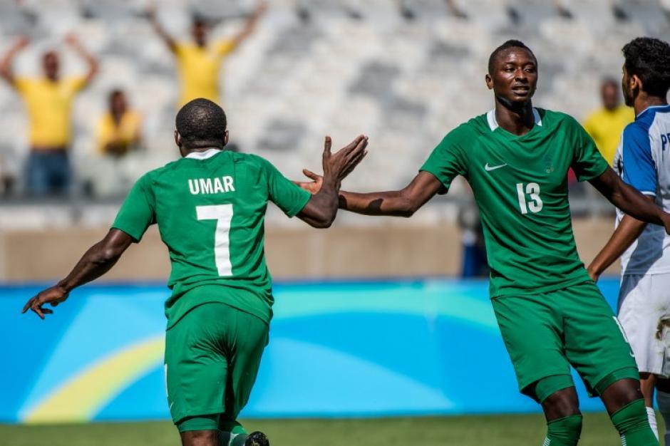 Los africanos se adelantaron 3-0, pero terminaron sufriendo. (Foto: AFP)