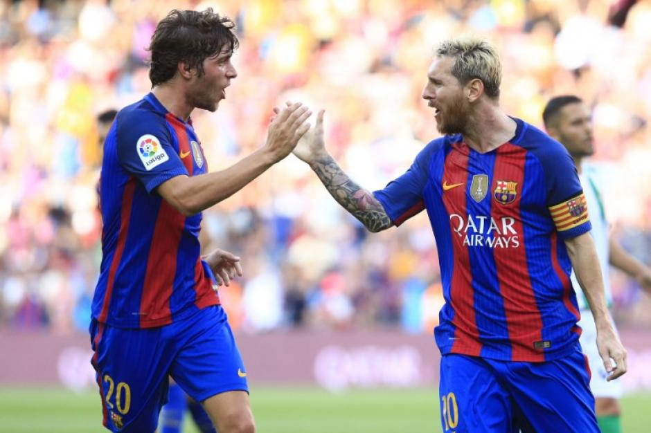 Leo Messi marcó el 2-1 desde fuera del área. (Foto: AFP)