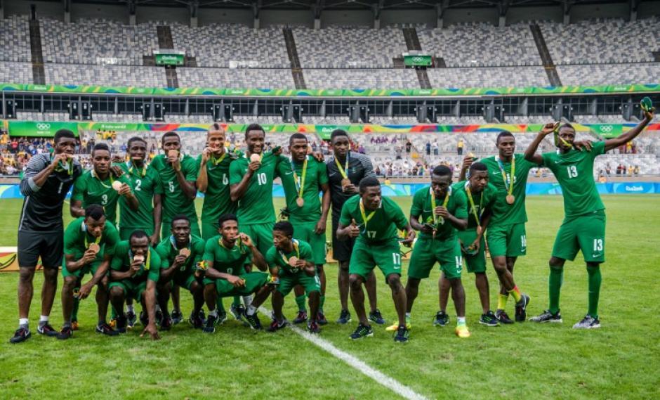 Nigeria ahora tiene una medalla de cada color en fútbol. (Foto: AFP)