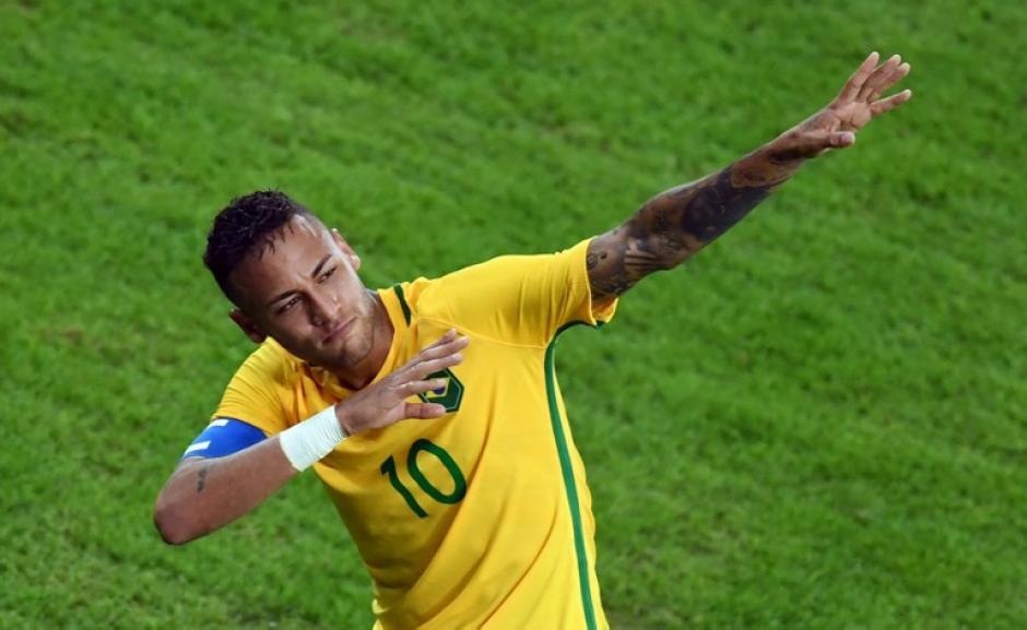 Neymar marcó un golazo de tiro libre en el tiempo regular. (Foto: AFP)