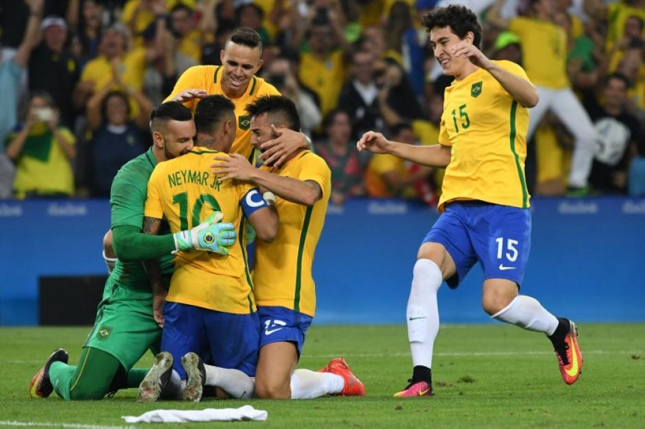 Brasil conquistó su primer oro olímpico en el estadio Maracaná. (Foto: AFP)