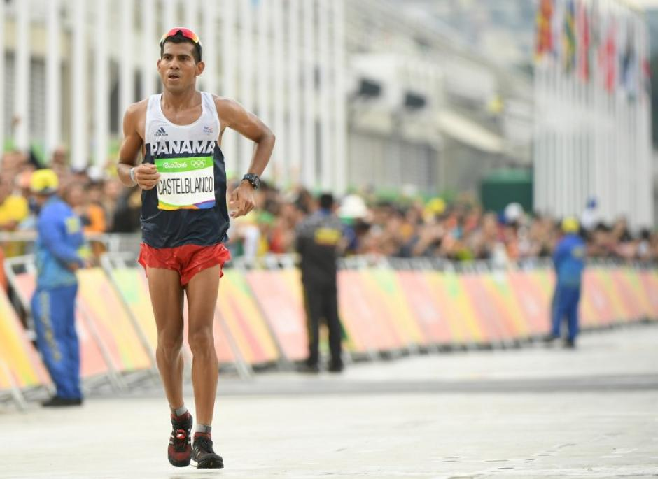 El panameño Jorge Castelblanco también tuvo complicaciones durante su recorrido. (Foto: AFP)