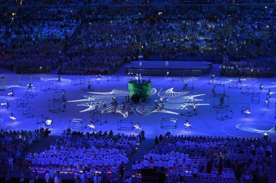 Río le pasó la bandera olímpica a Tokio 2020. (Foto: AFP)