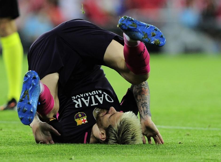 Messi terminó con problemas el partido ante el Athletic. (Foto: AFP)