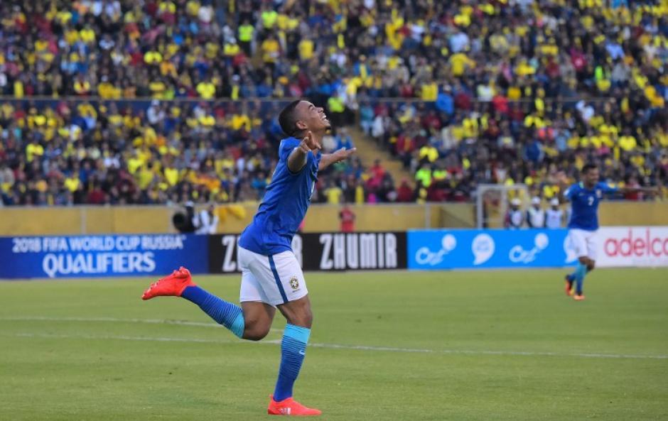 Gabriel Jesús celebra el segundo gol, al 87' (Foto: AFP)
