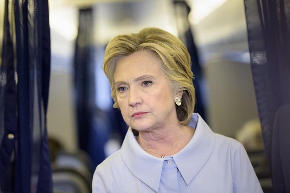 Hillary Clinton esta dos puntos porcentuales abajo de Trump.  (Foto: AFP)