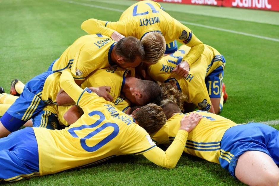 Suecia inició ganando en el gran partido contra Holanda. (Foto: AFP)