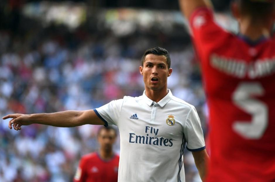 A CR7 no le gustó que Xavi dijera que Messi es mejor. (Foto: AFP)