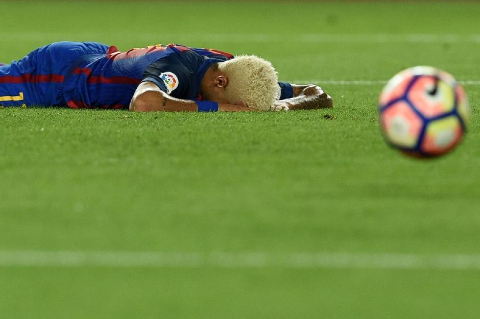 Neymar no pudo destacar después de su regreso de Brasil. (Foto: AFP)