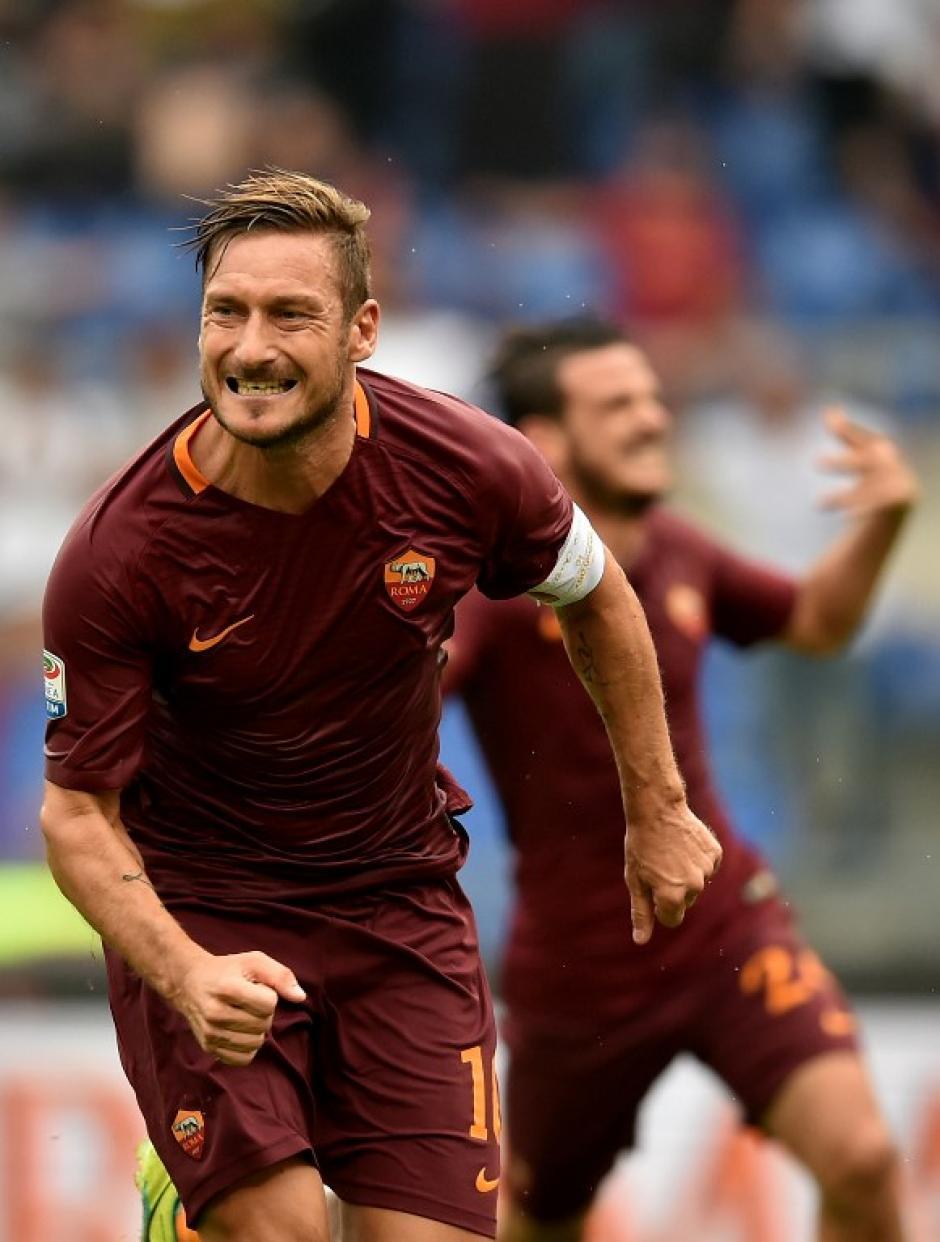 El veterano delantero dio una asistencia y marcó el gol de la victoria. (Foto: AFP)