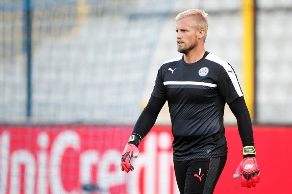 Kasper Schmeichel y su Leicester City debutarán en la Champions. (Foto: AFP)