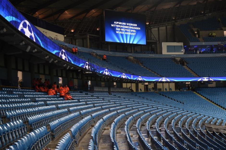 23 mil personas faltaron al Etihad Stadium contra el Mönchengladbach (Foto: AFP)