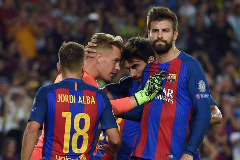 Marc André ter Stegen paró un penal cuando iban 1-0. (Foto: AFP)
