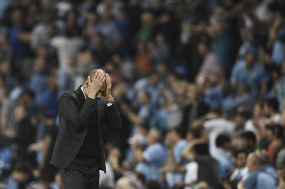Pep Guardiola tiene un dolor de cabeza, los aficionados no quieren ir a la Champions (Foto: AFP)