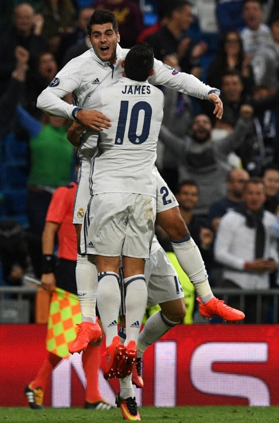 Morata y James fabricaron un gol en la última jugada (Foto: AFP)