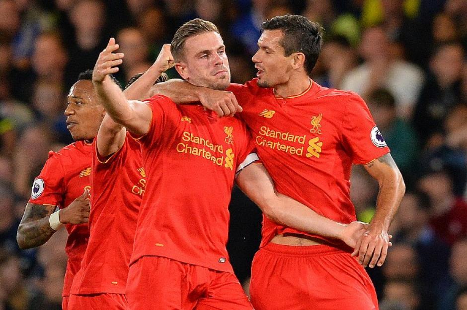 Jordan Henderson celebra su golazo. (Foto: AFP)