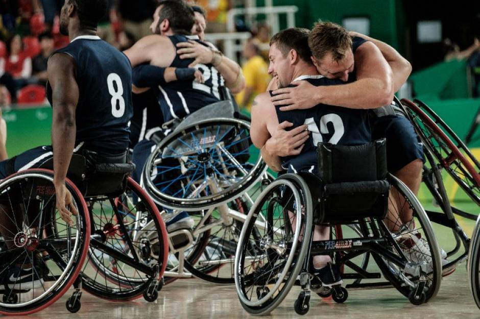 Estados Unidos ganó el baloncesto en silla de ruedas. (Foto: AFP)