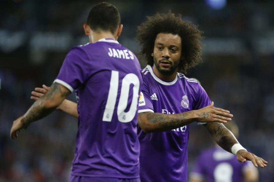 James y Marcelo celebran después del gol del colombiano. (Foto: AFP)