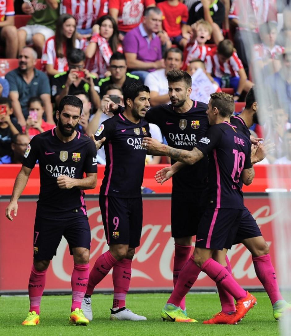 Luis Suárez abrió el marcador, después marcaron Rafinha, Neymar y Arda. (Foto: AFP)