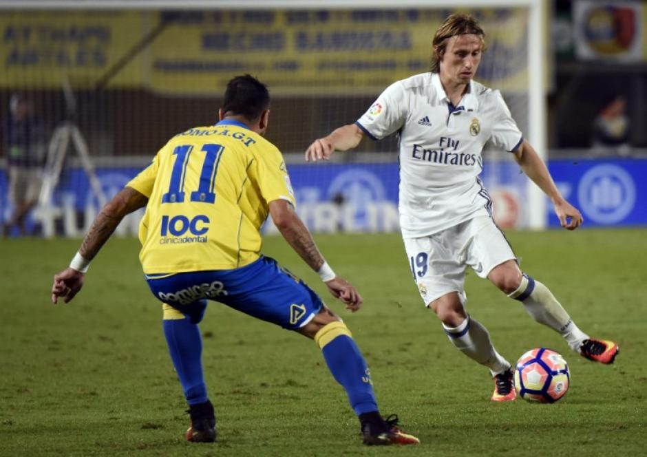 Luka Modric tuvo una ocasión sobre la hora, pero no pudo rematar con comodidad. (Foto: AFP)