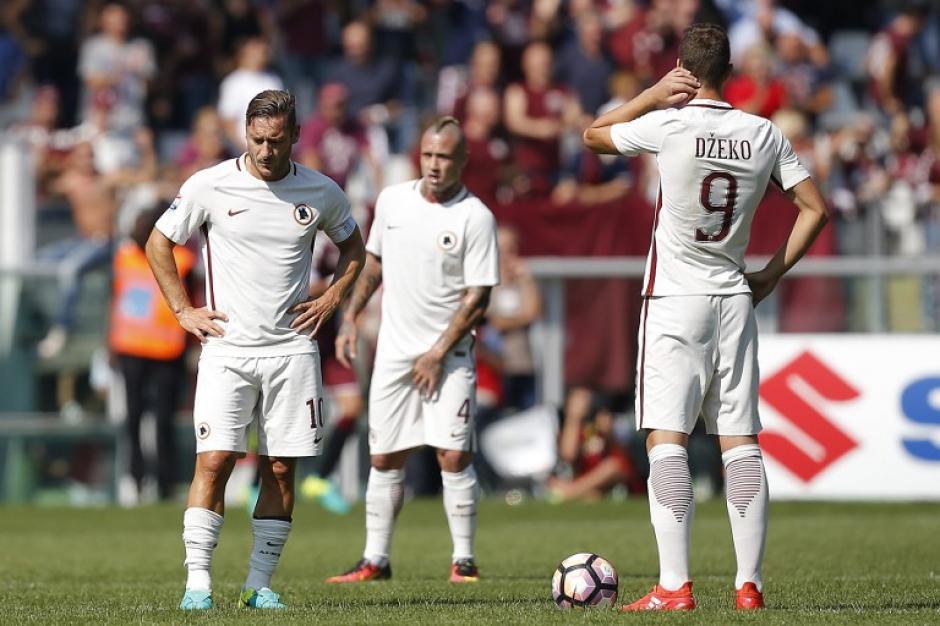 Roma cayó en su visita a Torino. (Foto: AFP)