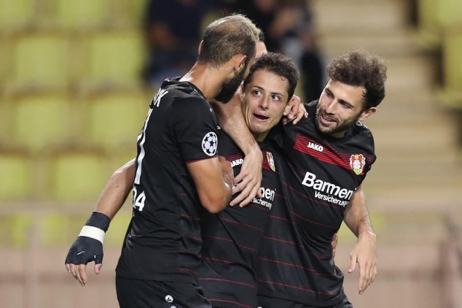 Chicharito metió su gol 100 en competiciones europeas. (Foto: AFP)