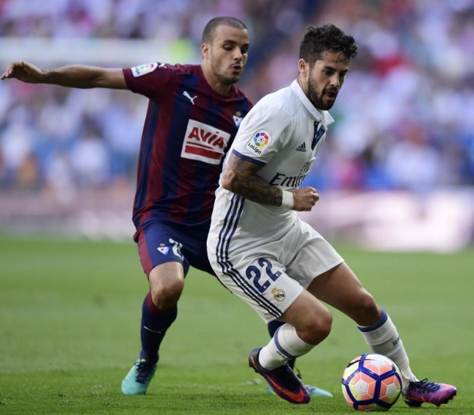"""El mediocampista asegura que su perro """"Messi"""", es 100% del Real Madrid. (Foto: AFP)"""