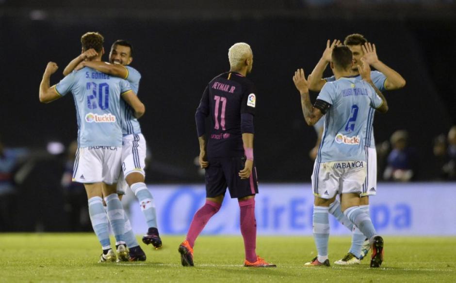 Los jugadores del Celta celebran uno de los goles. (Foto: AFP)