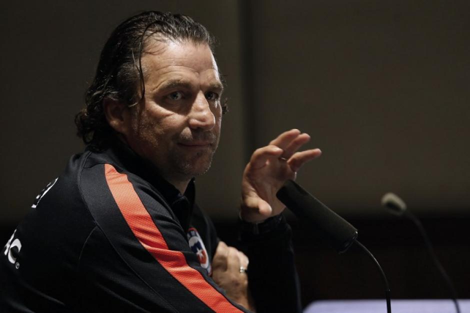 Juan Antonio Pizzi está en problemas con Chile. (Foto: AFP)