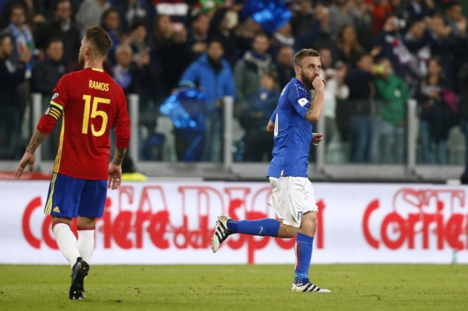Sergio Ramos cometió el penal y se llevó muchas críticas. (Foto: AFP)