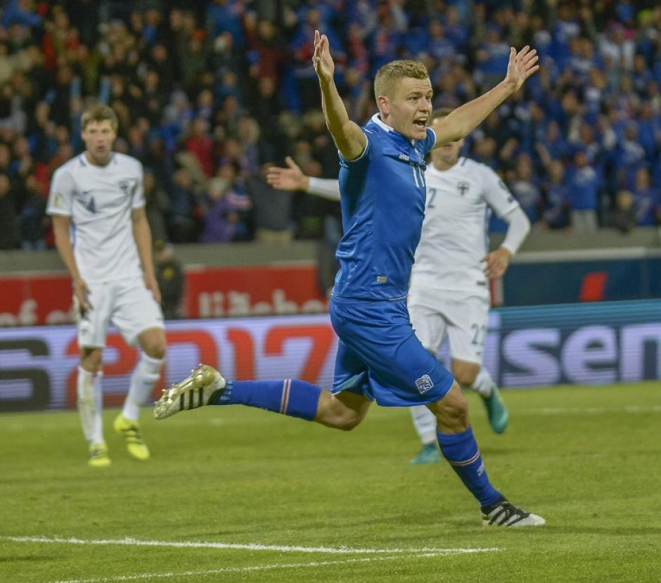 Alfred Finnbogason celebra su gol. (Foto: AFP)