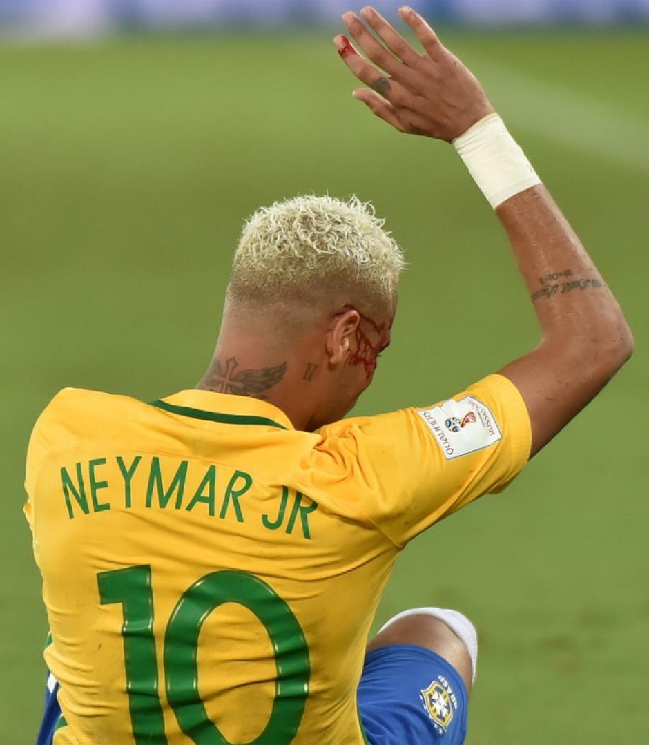 En el partido, Neymar marcó un gol y dio dos asistencias. (Foto: AFP)