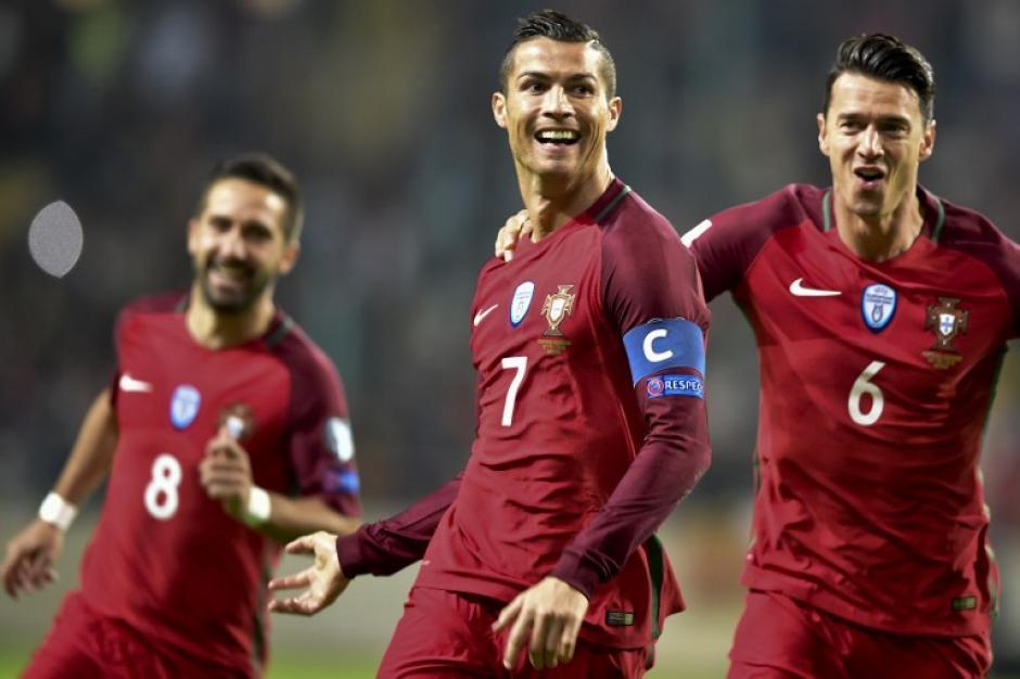 CR7 despertó y metió cuatro goles. (Foto: AFP)