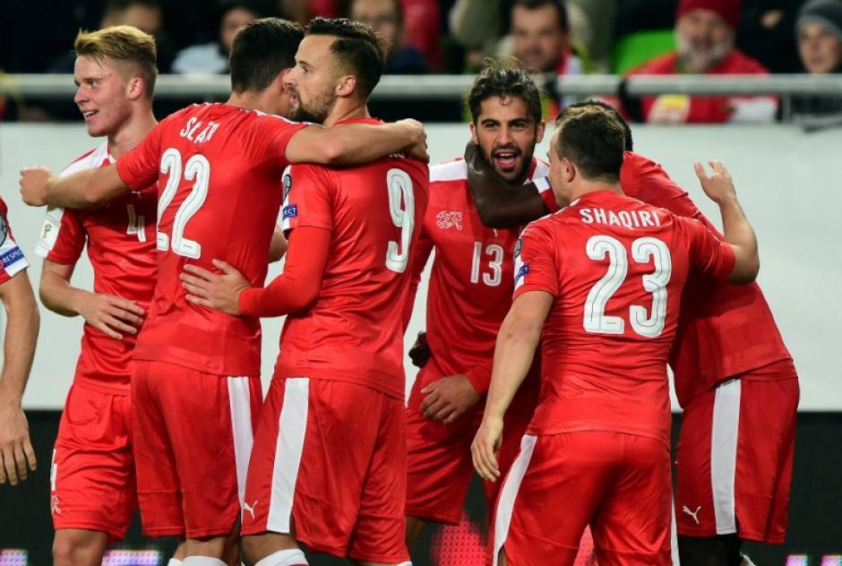 Suiza es el sorprendente líder del grupo de Portugal. (Foto: AFP)