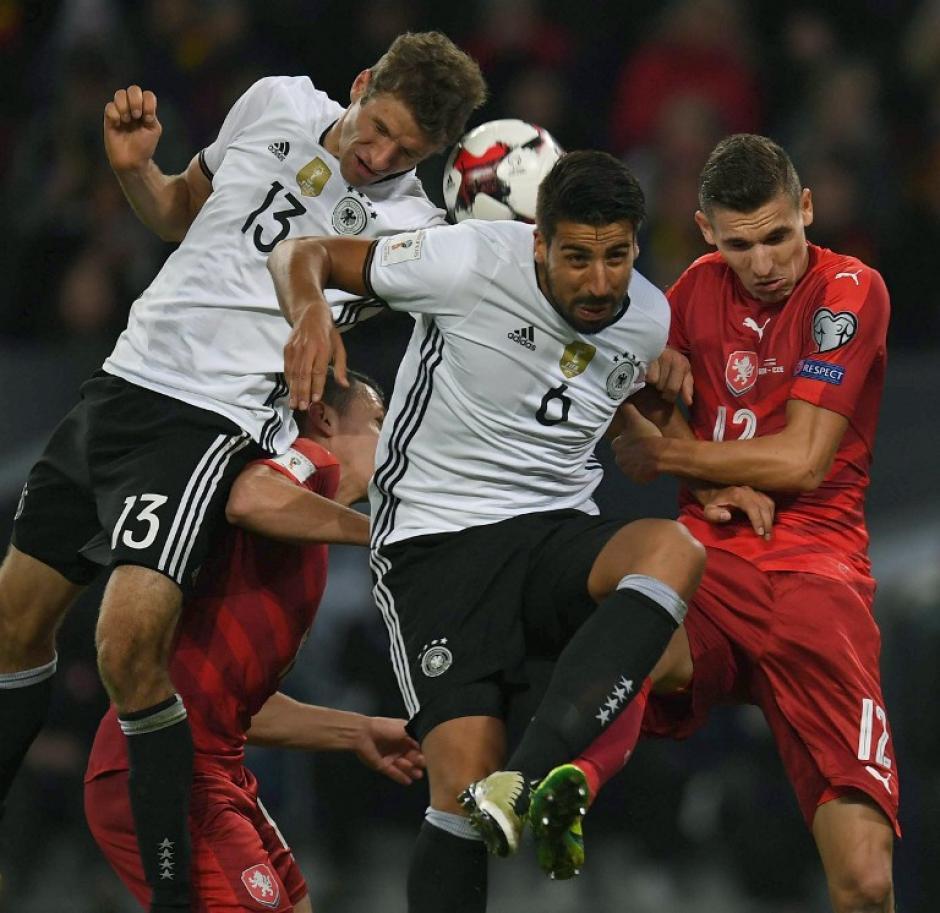 Thomas Müller marcó doblete. (Foto: AFP)