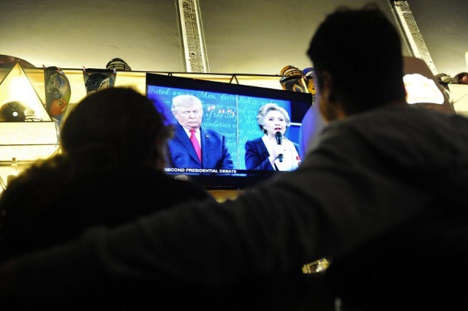 Muchos mexicanos estuvieron pendientes del debate presidencial en Estados Unidos. (Foto: AFP)