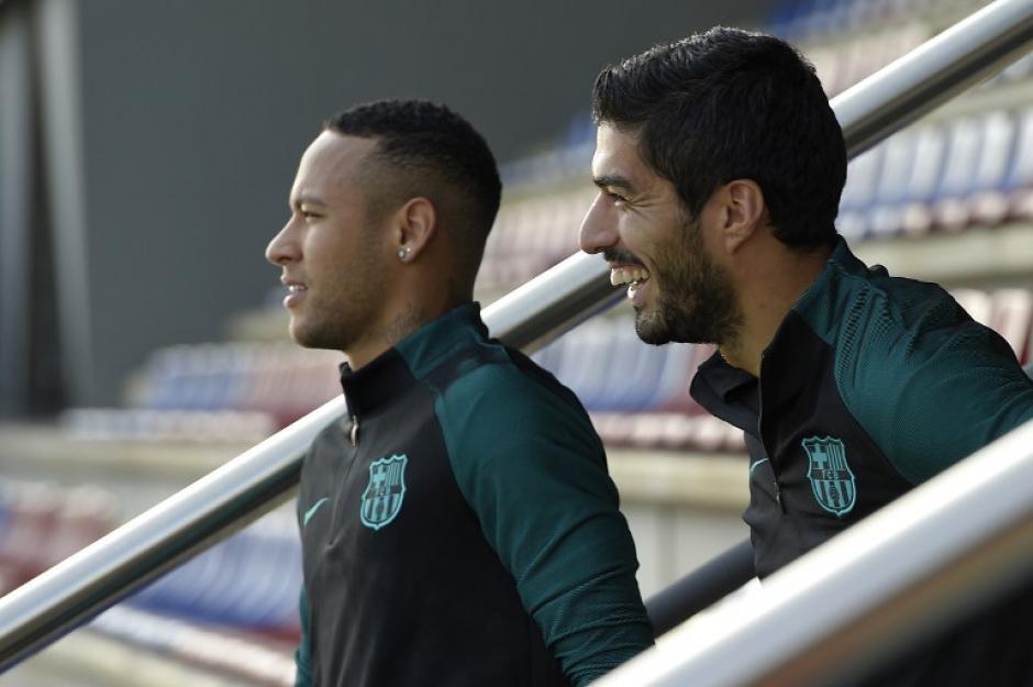 Neymar y Suárez estarán en la delantera. (Foto: AFP)
