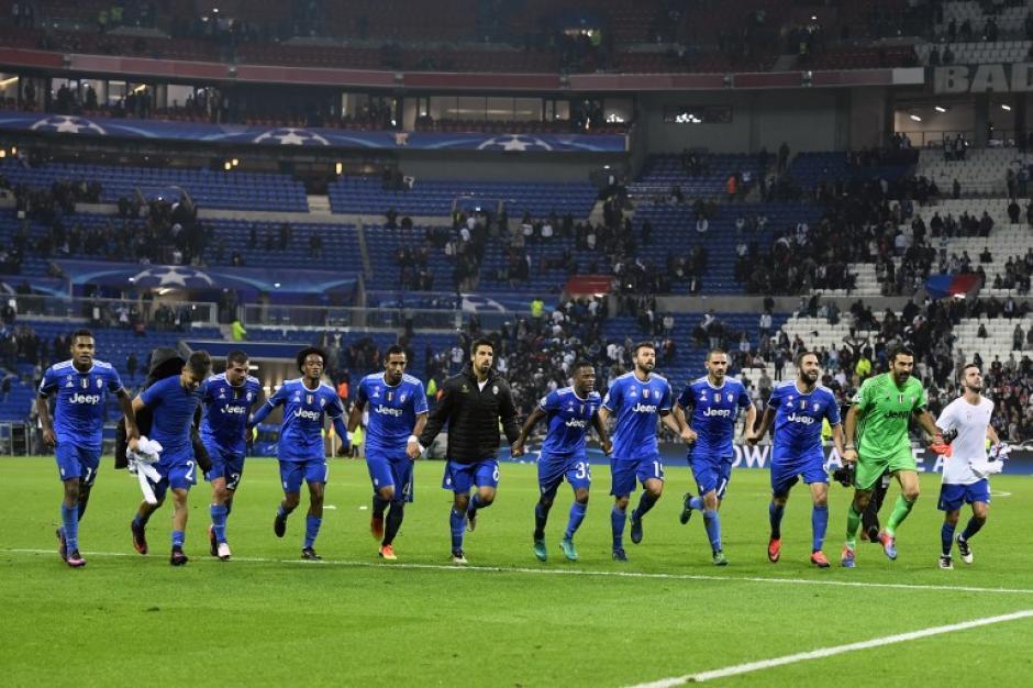 La Juve venció en el complicado estadio del Lyon. (Foto: AFP)