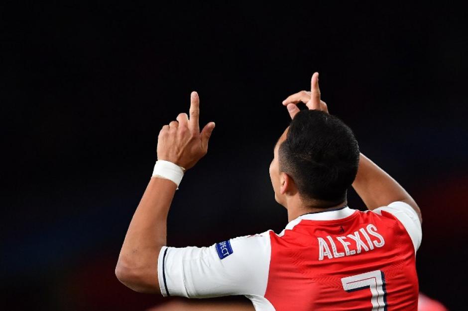 Alexis Sánchez metió un golazo para abrir el marcador. (Foto: AFP)