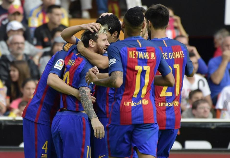 Así celebró Messi el primer gol en el partido. (Foto: AFP)
