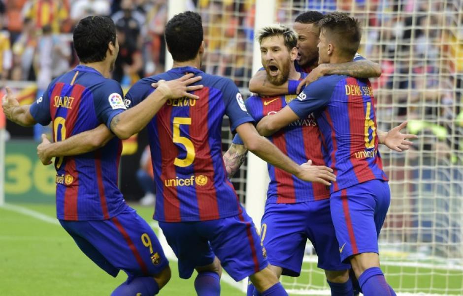 El Barcelona ganó con dos polémicos goles. (Foto: AFP)