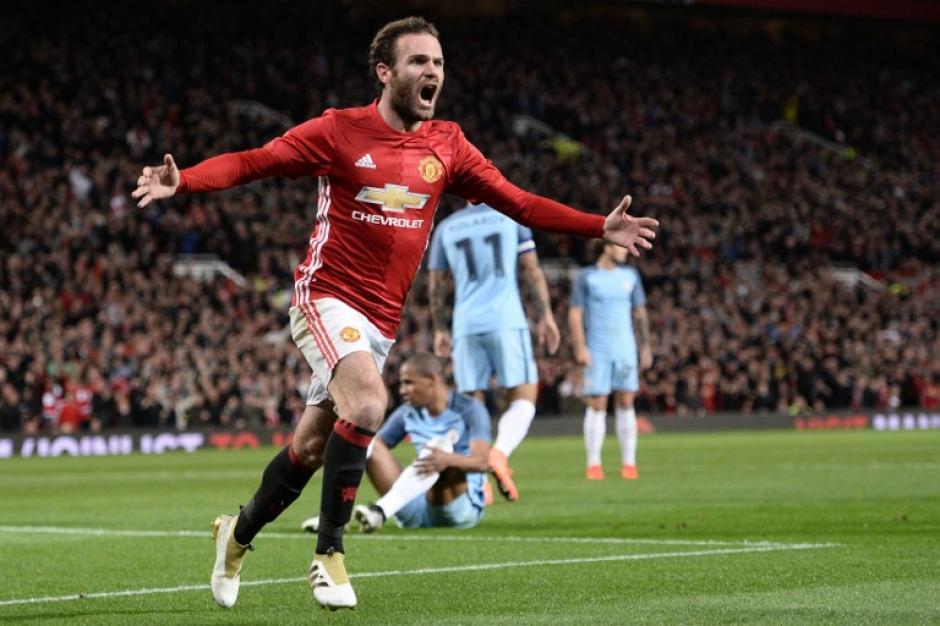 Juan Mata decidió con un gol. (Foto: AFP)