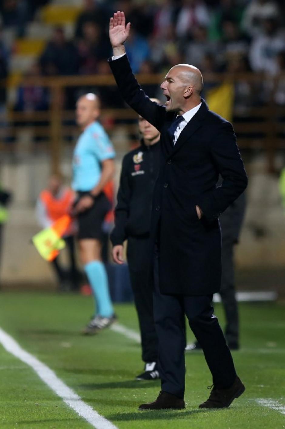 Zidane tendrá que improvisar una defensa contra el Atlético. (Foto: AFP)