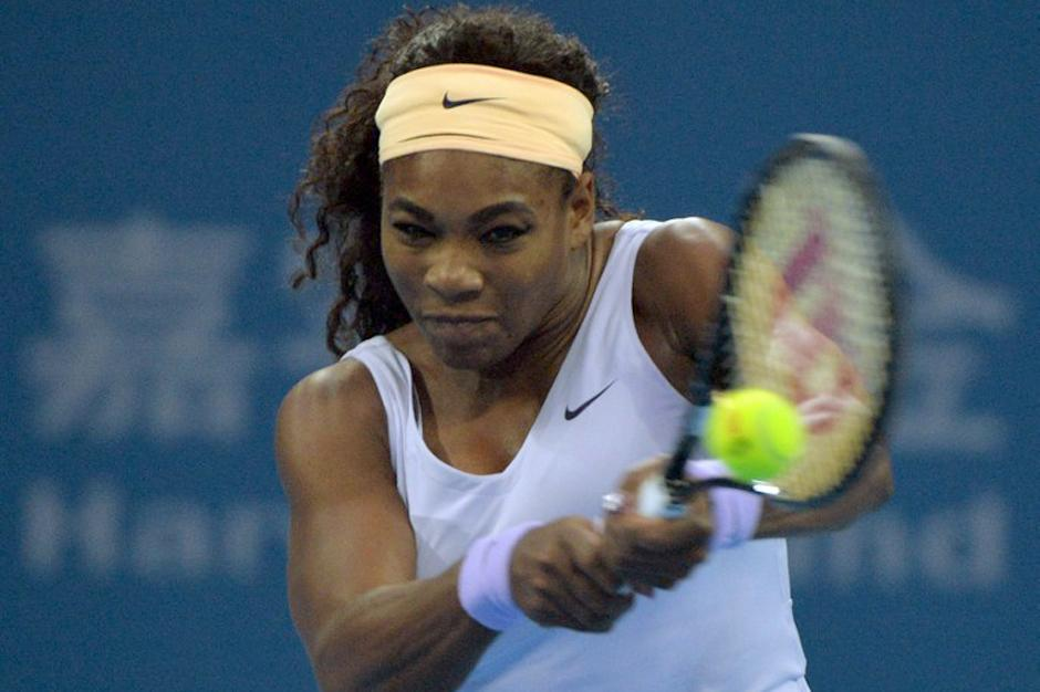 Serena Williams avanzó a la final del torneo de tenis femenino de Pekín. (Ed Jones/AFP)