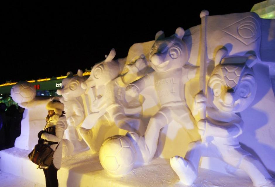 El festival de Harbin es uno de los 4 mayores del mundo junto alFestival de la nieve de Sapporo, enJapón, el Carnaval de Quebecy el festival de esquí de Noruega. AFP