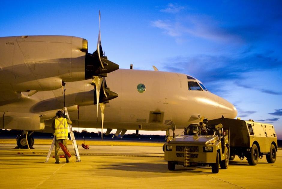 Aviones del Reino Unido, Malasia y Australia rastrearán el área donde presuntamente se hizo el hallazgo del avión desaparecido. (Foto: AFP)