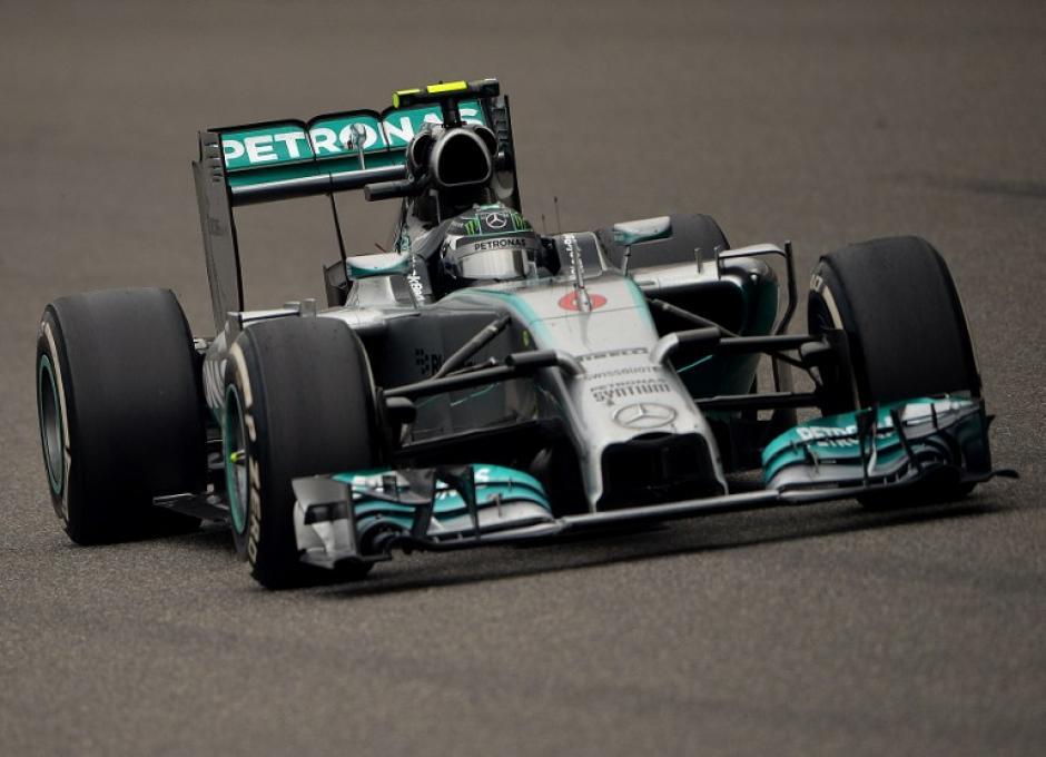Mercedes ha acaparado las primeras posiciones, pues Nico Rosberg tuvo también una excelente actuación. (Foto: AFP)