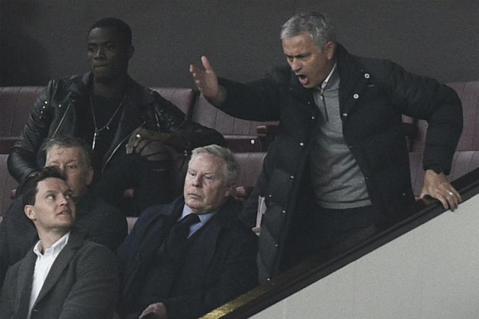 """Mourinho dice que su vida en Manchester es """"desastrosa"""". (Foto: AFP)"""
