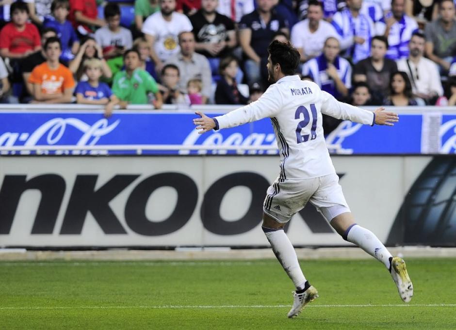 Álvaro Morata puso el otro gol. (Foto: AFP)